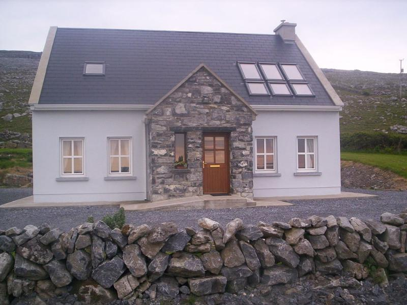 Craggy Cottage Fanore Beach , on Wild Atlantic way, holiday rental in The Burren