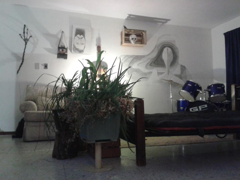 1 or 2 Rooms in ARTist Apartment, holiday rental in Chihuahua