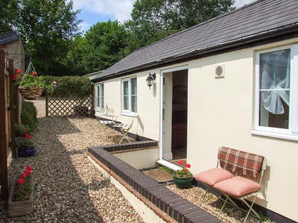 JOLLY'S COTTAGE, country holiday cottage, with a garden in Goodrich, Ref 2369, holiday rental in Ross-on-Wye