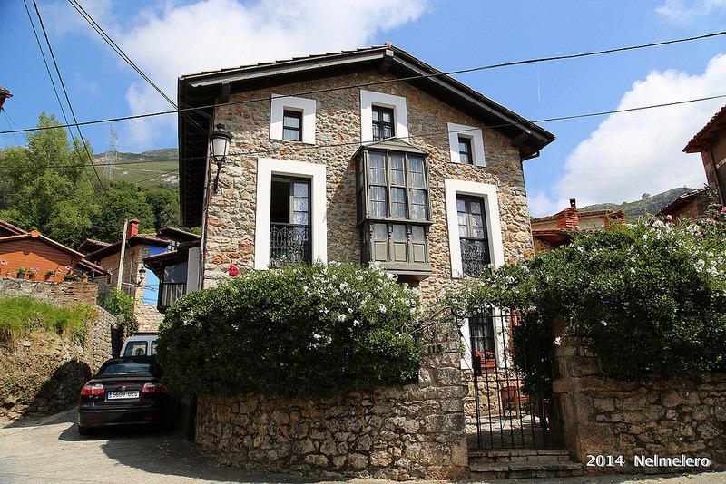 Casa Colonial en los Picos de Europa, holiday rental in Alles