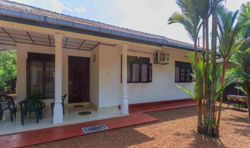 Niranjan's Home, Ferienwohnung in Moragalla