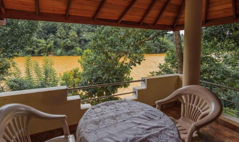 Sandya's Home, holiday rental in Nugawela