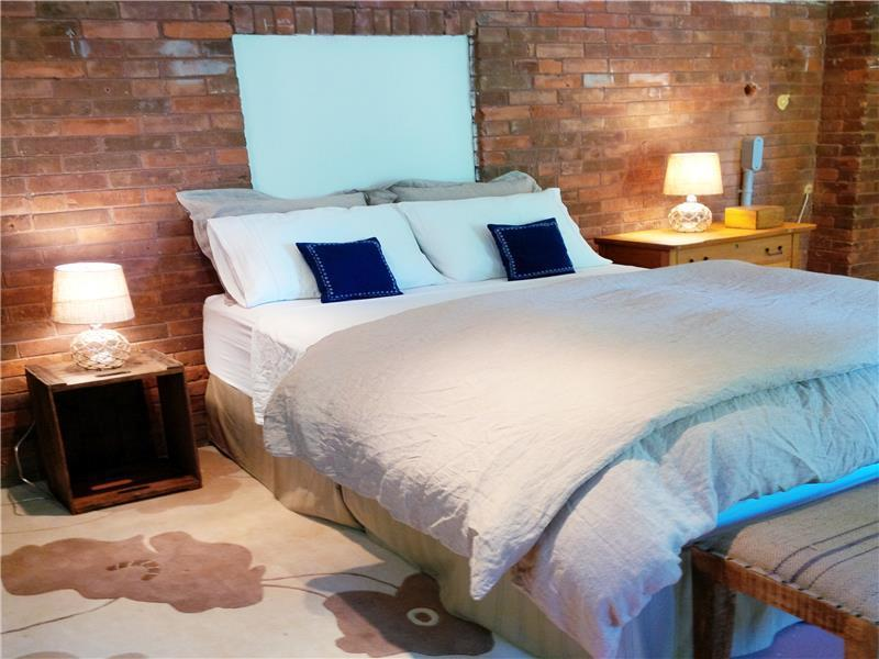 Modern Rustic Bedroom with Queen Size Bed