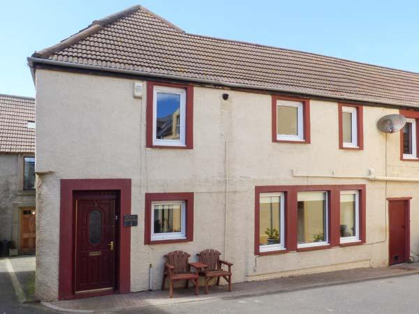 CREEL COTTAGE, coastal, pet-friendly, in Eyemouth, Ref 919463, holiday rental in St Abbs