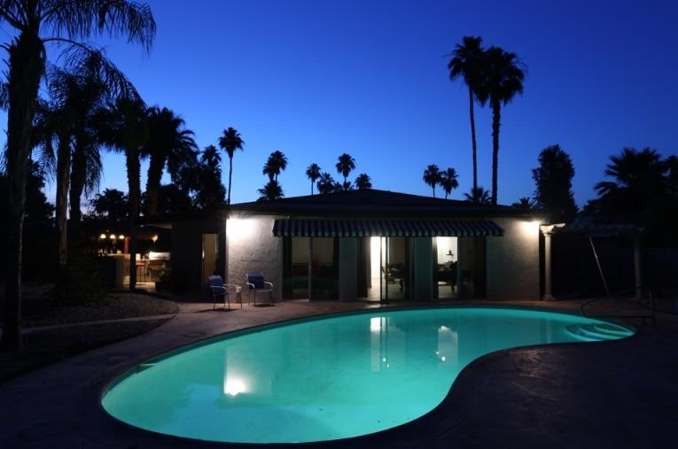 Brentwood Bungalow A Mid Century Re Do.  'City of Palm Springs ID # 2839', holiday rental in Palm Springs