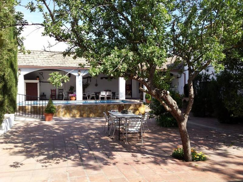 El Cortijuelo, holiday rental in Colomera