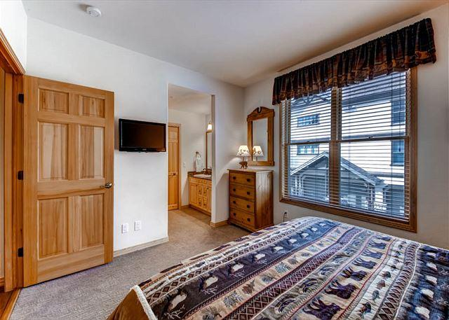 Corral Master Bedroom Breckenridge Lodging Vacation Rentals
