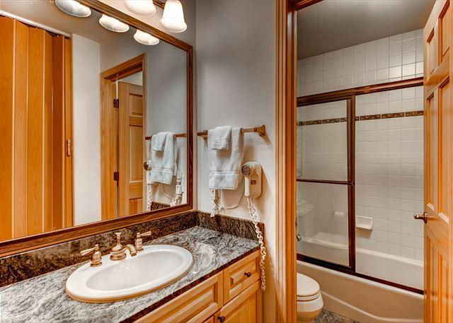 Corral Guest Bathroom Breckenridge Lodging Vacation Rentals