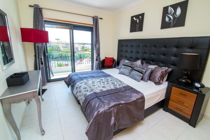 Slaapkamer met terras toegang