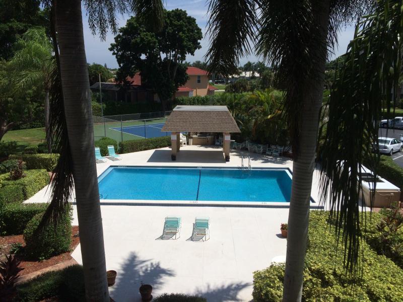 Sea View Club Pool
