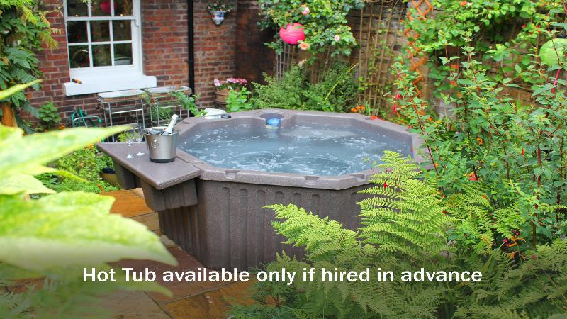 Hot Tub available - but you need to hire in advance