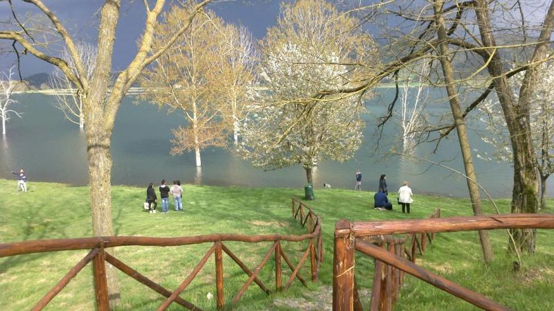 Lago di Canterno a 10 minuti