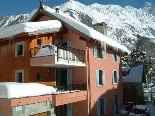 3 dormitorios de lujo apartamento en planta baja en el centro de la maravillosa localidad alpina