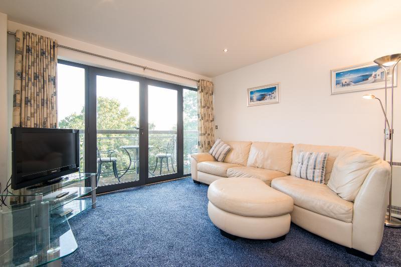 Superb Two bedroom apartment at East Didsbury, location de vacances à Wythenshawe