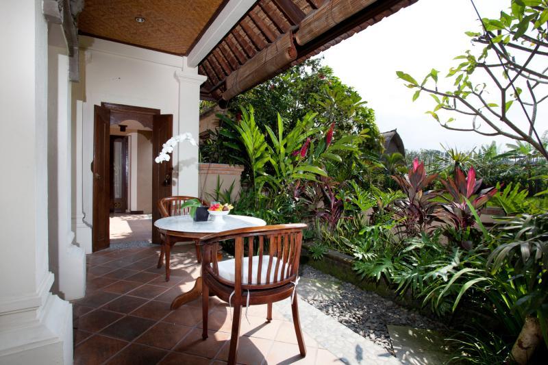 balcon Chambre Ubud qui face à la vue sur le terrain de riz paddy