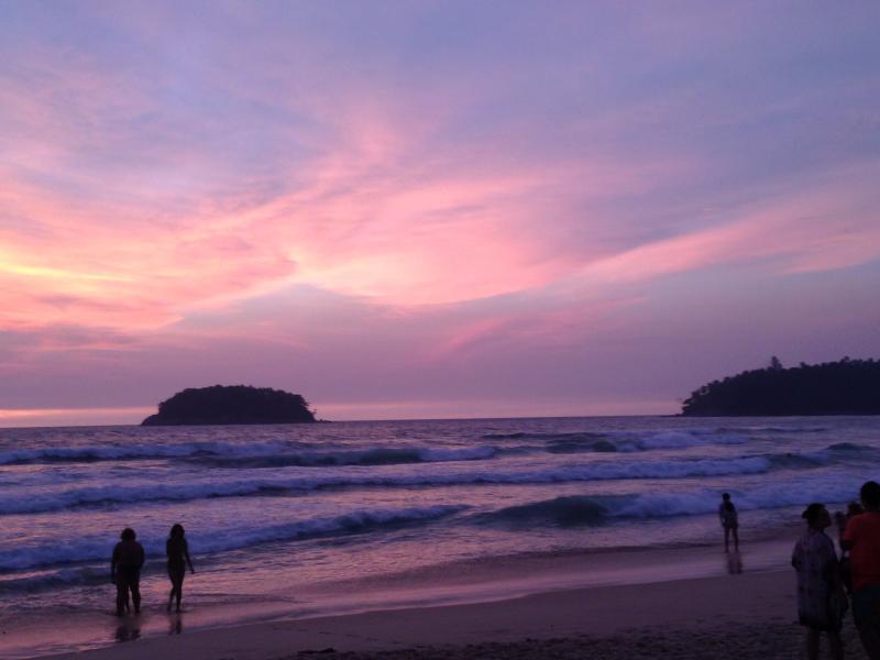 a incrível praia de Kata