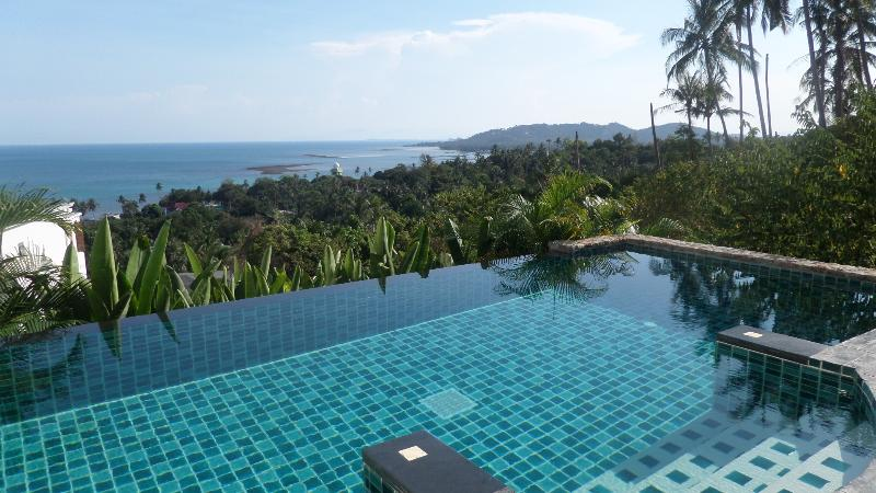 private pool 1 bedroom apartment with sea view, vacation rental in Lamai Beach