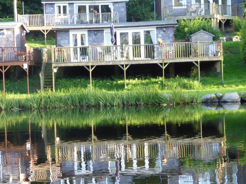 Lakeside 83 Glan Gwna Caernarfon North Wales, vacation rental in Caernarfon