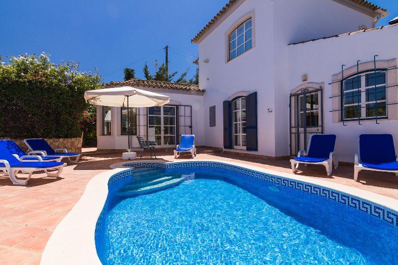 Villa close to picturesque village of Boliqueime, location de vacances à Boliqueime