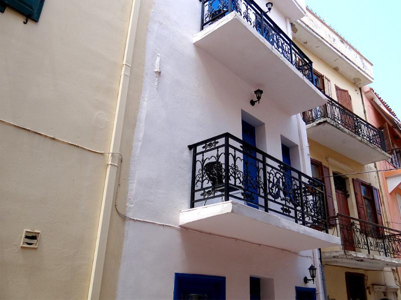 Outside - balcony's