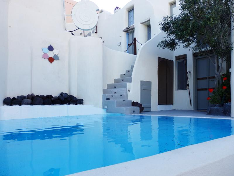 Timedrops Santorini Venetian Luxury Villa, holiday rental in Emporio