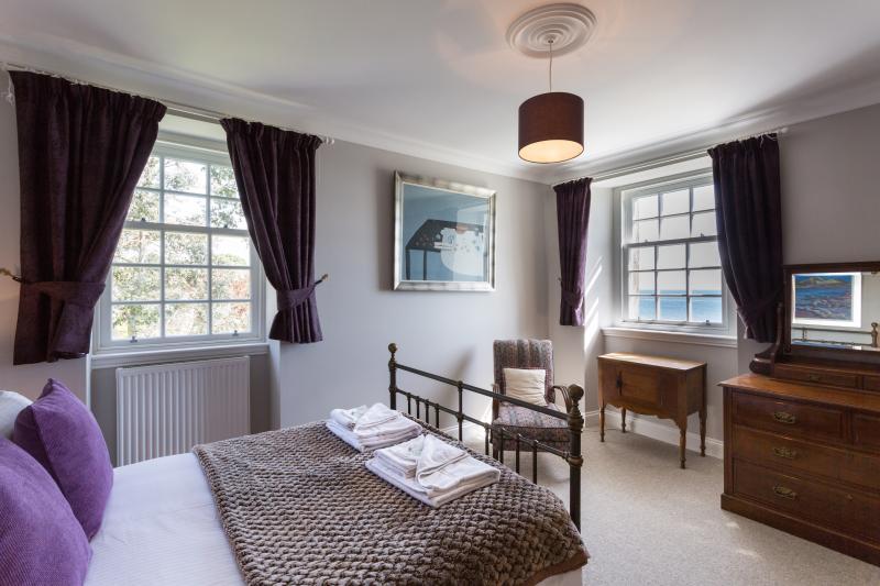 A double bedroom with en-suite shower room