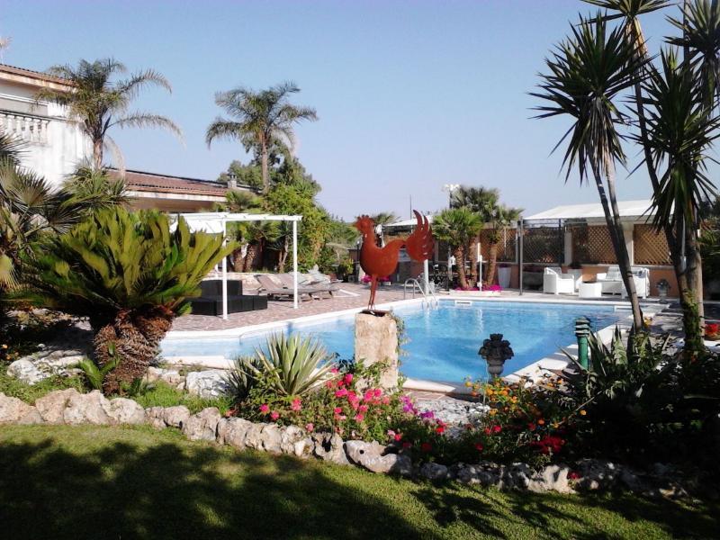 appartamento in casa colonica, vacation rental in Serrano