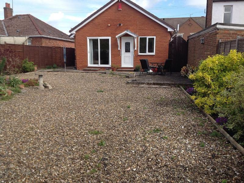 Det bungalow central Beverley with parking, holiday rental in Skidby