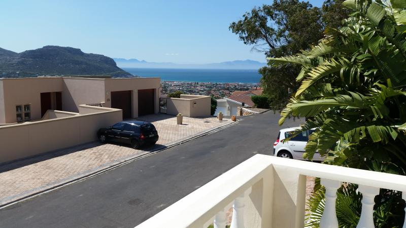 Charming self catering bachelor pad, holiday rental in Fish Hoek