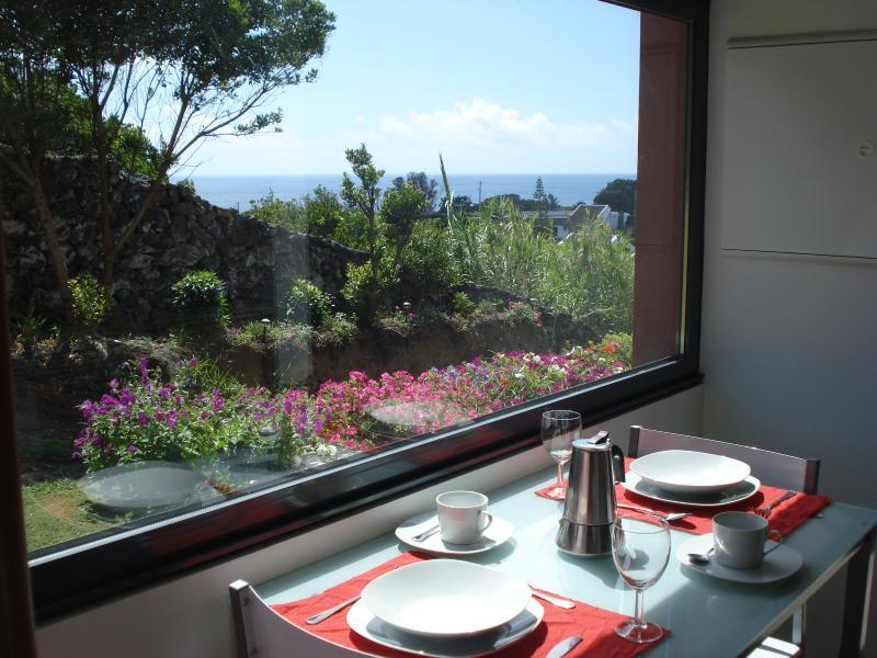Casa Caloura, beautiful place, vacation rental in Agua de Pau