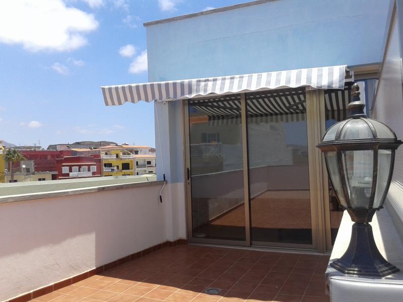 ÁTICOS BELLA LUCÍA, location de vacances à Cho