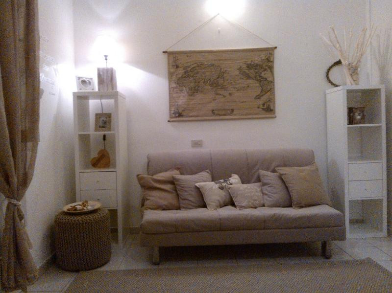 monolocale, holiday rental in Milan