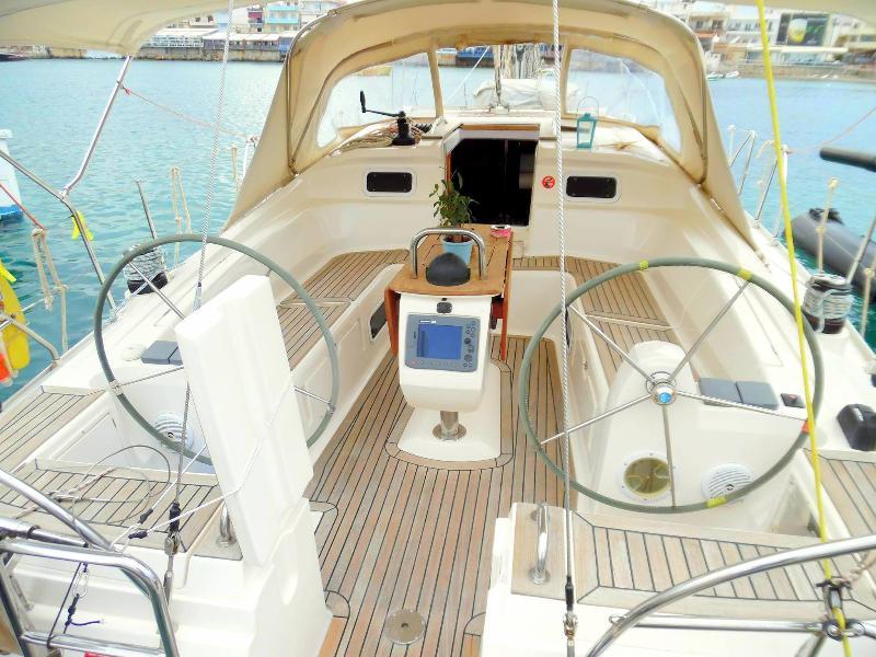 Dreamy Night on a Sailing Boat, holiday rental in Nea Alikarnassos