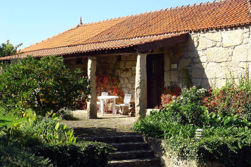 Quinta Stº António - Palheiro A (Monção-Portugal), aluguéis de temporada em Crecente