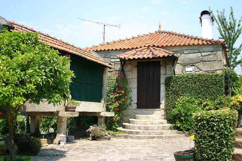 Quinta St António Casa d Padeiro (Monção-Portugal), aluguéis de temporada em Crecente