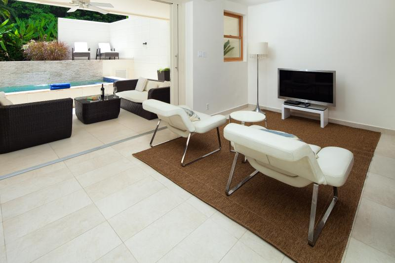 Reception areas on the Ground and first floor allow families and friends to find space..