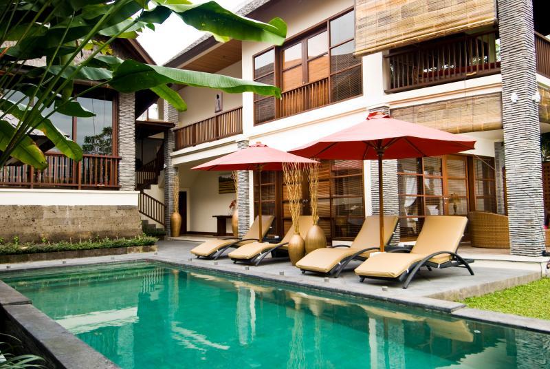 Villa Baladewa Empat, location de vacances à Kerobokan