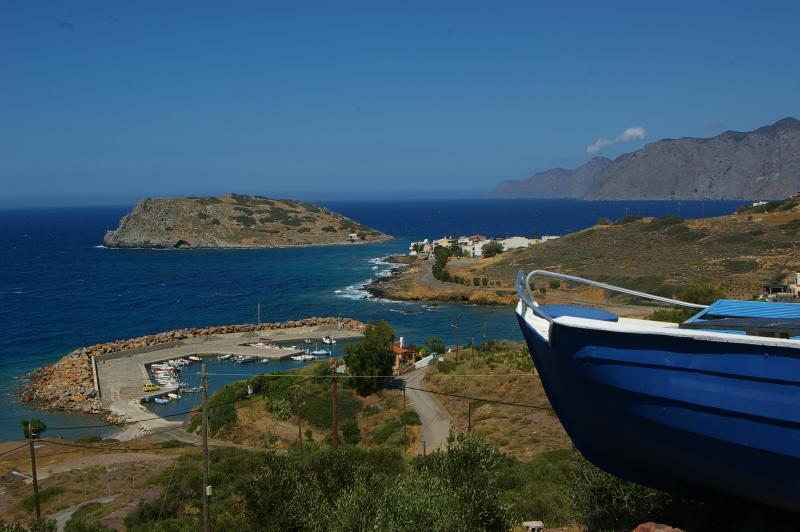 LIMENARIA APARTMENTS, location de vacances à Mokhlos