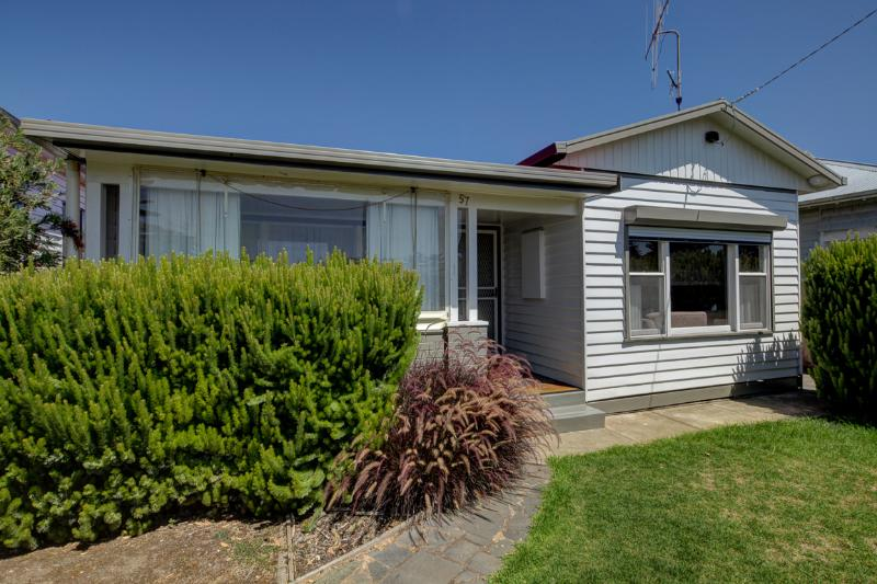 Aisling Cottage - Port Fairy, VIC, vacation rental in Port Fairy