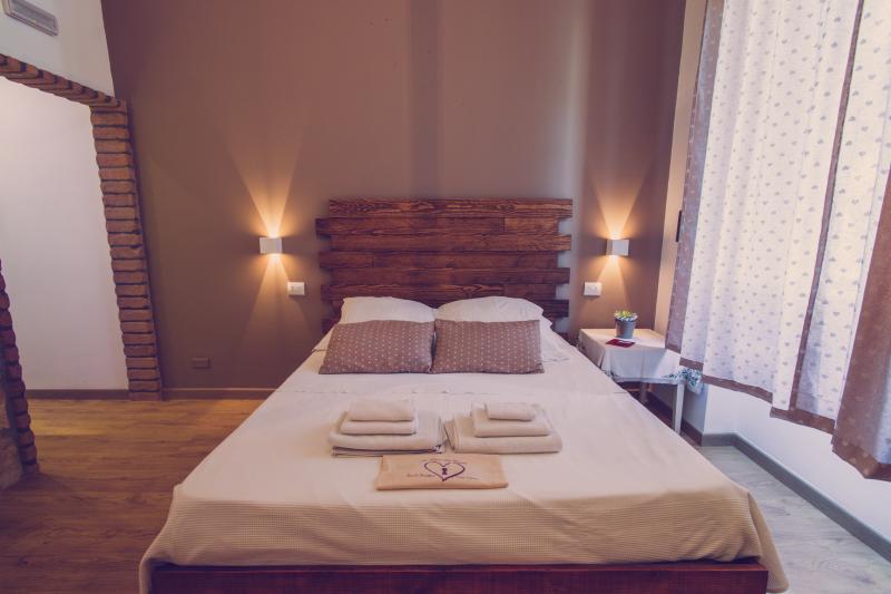 suite del cuore wi.fi gratuito in tutta la struttura, alquiler de vacaciones en Province of Reggio Calabria