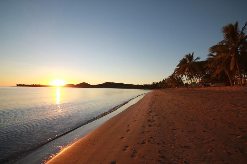 Seaforth plage au lever du soleil.