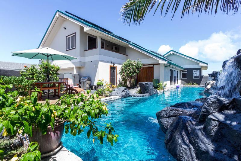kailua absolutely oceanfront waterfall pool licensed 220 updated rh tripadvisor com