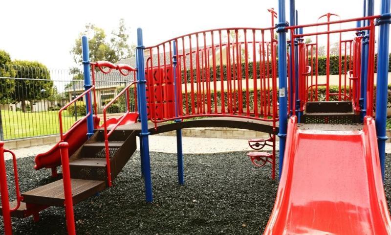Vista del área de juego comunitaria # 2