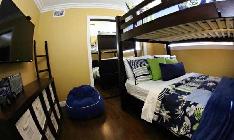 Bedroom#4 Full over Full Bunk Beds