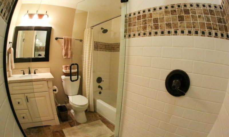 Hall Bathroom #4 View 3