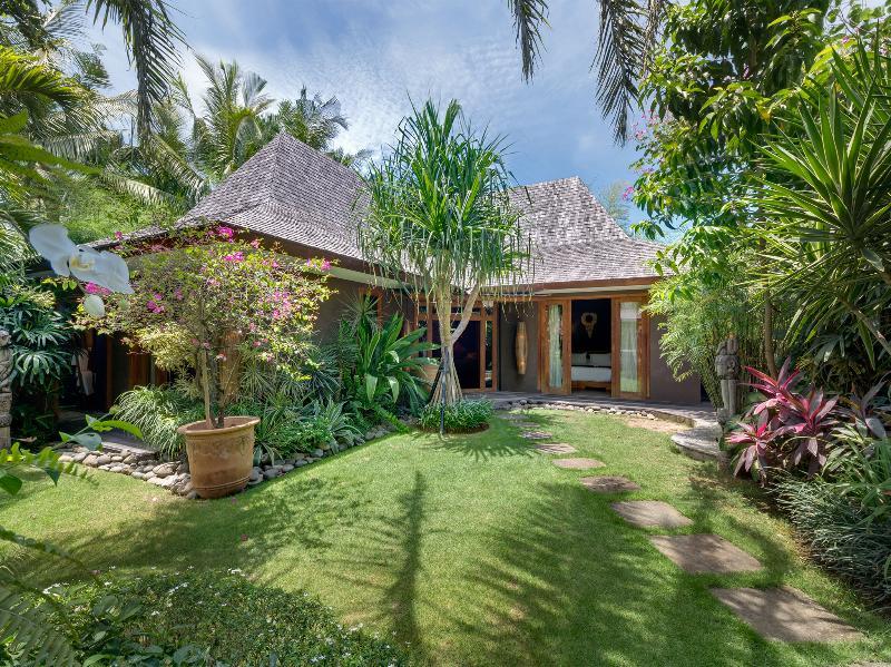 Villa Shambala - jardin avant