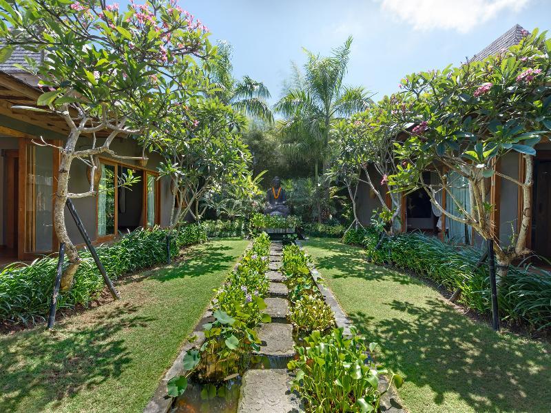 Villa Shambala - jardin Yoga