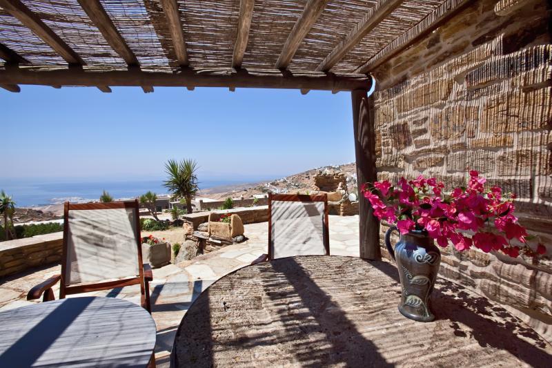 Tinos Habitart - The Stone House, vacation rental in Tinos