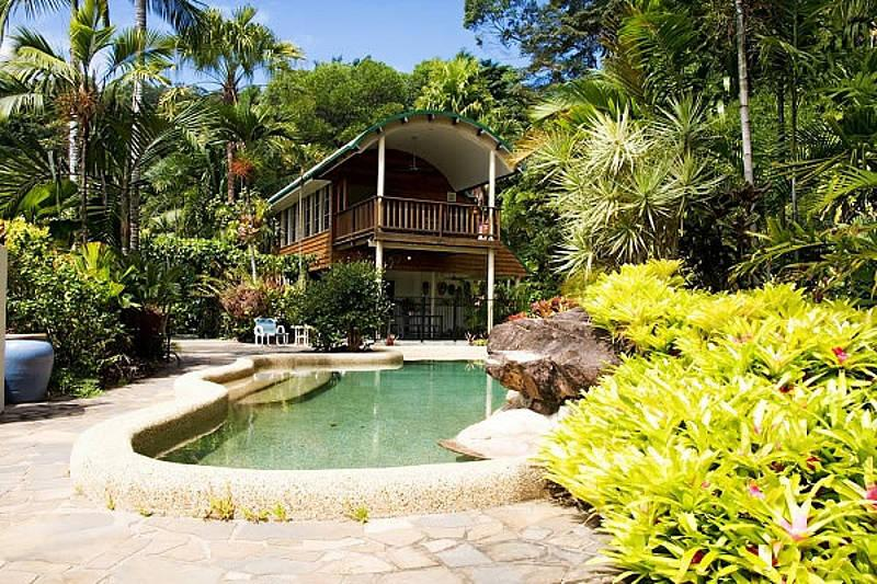 Rocky Point Retreat, vacation rental in Whyanbeel