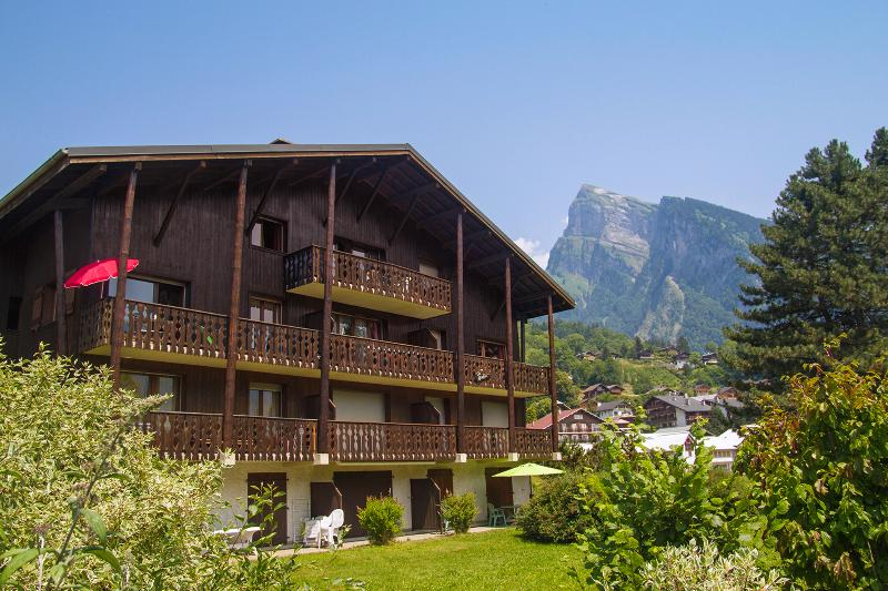 The apartment is on the top floor with views towards the Grand Massif.